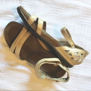 NAOT Light Gold Sandals Size L7 / 38